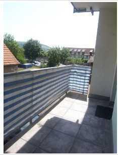 Gepflegte 2-Zimmer-Hochparterre-Wohnung mit Balkon und EBK in Erlabrunn