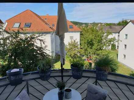 Gepflegte 2-Zimmer-Wohnung mit Balkon und EBK in Kirchheimbolanden