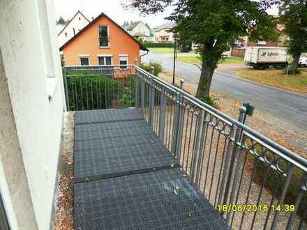 *Gemütliche1-Raumwohnung mit Balkon*Besichtigung unter Tel. 0152/ 34349076