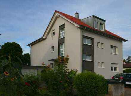 Schöne 5 Zimmer-Eigentumswohnung (Maisonette) mit Südterrasse, großem Garten, PKW-Garage +Stellplatz