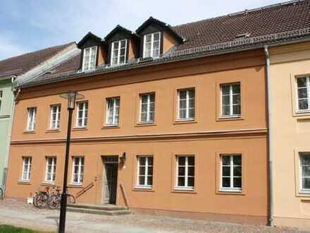 3 Raum-Erdgeschosswohnung direkt am Rheinsberger Schloss