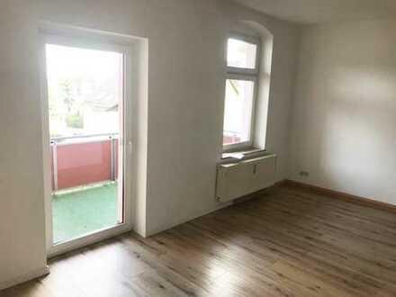 Sensationell - Preisgünstig wohnen - mit Balkon und Küche
