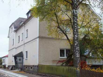Marktredwitz / Wölsau 4 Zimmer Wohnung, Erdgeschoß mit großem Balkon, zur Miete