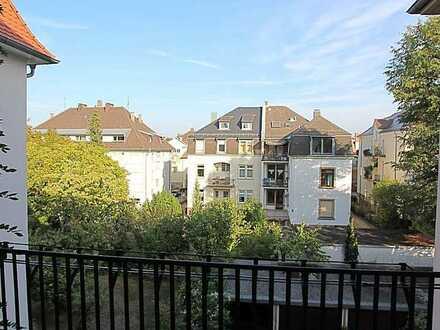 Große, aktuell sanierte 5 Zimmer-Whg. im Musikerviertel zu vermieten!