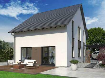 Wohnen mit Raum für Familie: Modernes Raumkonzept und klassischem Satteldach