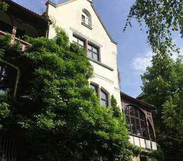 Große Villen-Wohnung / Bestlage Berliner Straße / Beletage