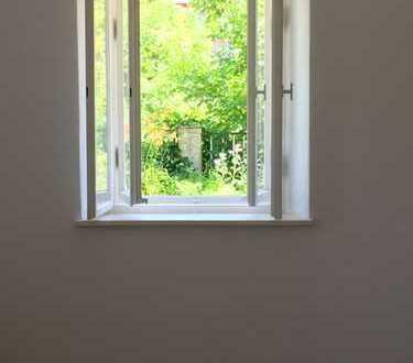 Schöne, geräumige 2,5 Zimmer Wohnung in Dresden, Bühlau/Weißer Hirsch