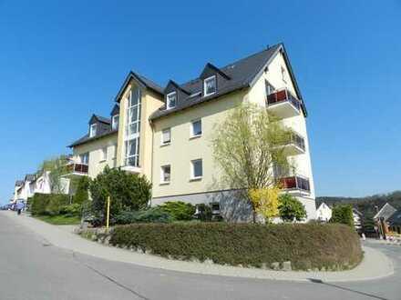 RESERVIERT! Sonnige DG-Maisonette sucht neuen Eigentümer... mit Balkon und PKW-Stellplatz!