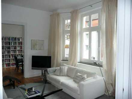 Kreuzviertel: Exklusive und ruhige 4,5-Zimmer-Jugendstil-Wohnung