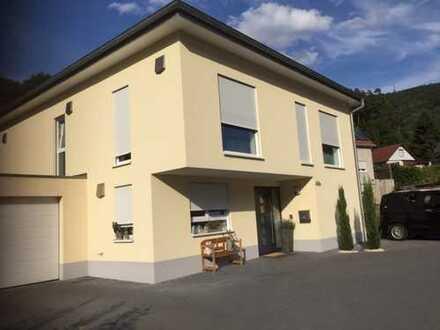 Top gepflegtes, modernes Einfamilienhaus im Trifelsland