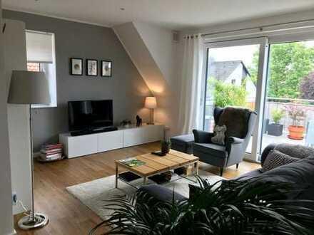 DG-Wohnung 115 m² - 3,5 Zimmer, großer Balkon 19 m²/ Pkw-Stellplatz/ Abstellraum im Keller