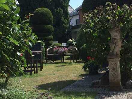 Schöner Wohnen - mit Garten, Kamin & Wintergarten im beliebten BI Westen - Schildesche