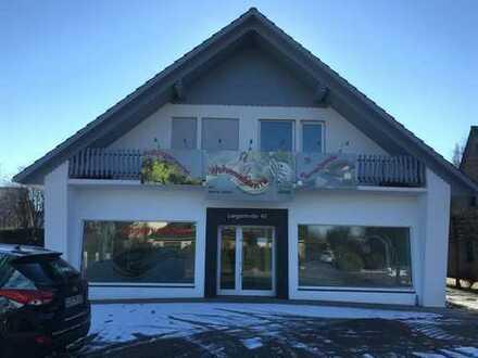 Gewerbegrundstück mit Gebäude und Außenbereich in Emstek zu vermieten