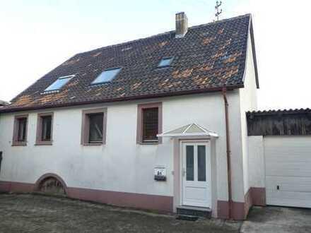 ++ Einfamilienhaus mit Garten, Garage und Nebengebäude in ruhiger Ortsrandlage - 2.Reihe ! ++