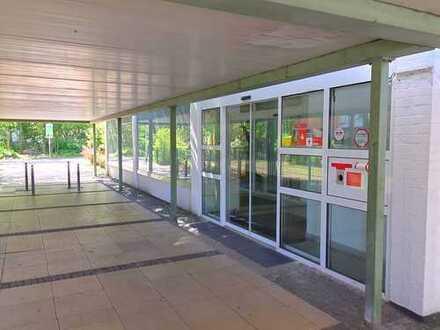 Geräumige Büro- und Gewerbefläche in ehemaliger Sparkassenfiliale in Langen