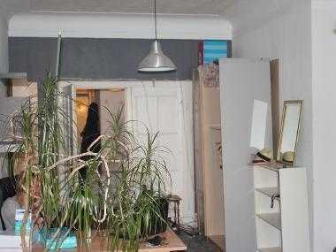 raumhaftes riiiiesen Zimmer (47qm) in bester Lage zu vermieten!