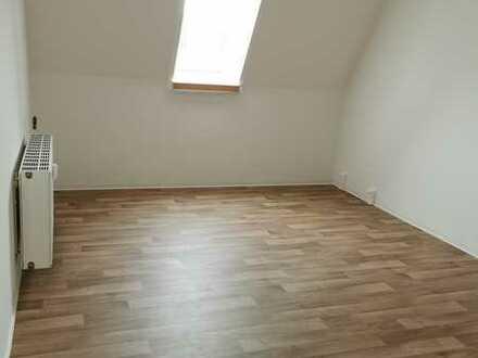 1 Raum Wohnung zentral gelegen