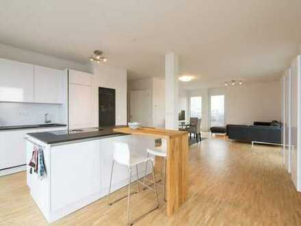 Stilvolle, geräumige und gepflegte 3-Zimmer-Wohnung mit Balkon und EBK in Esslingen am Neckar