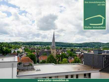 Über den Dächern von Hattingen- 2 Zimmerwohnung mit Balkon, Zugang zum Aufzug und Terrasse