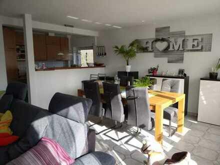 Schöne Maisonette-Wohnung mit großer Dachterrasse