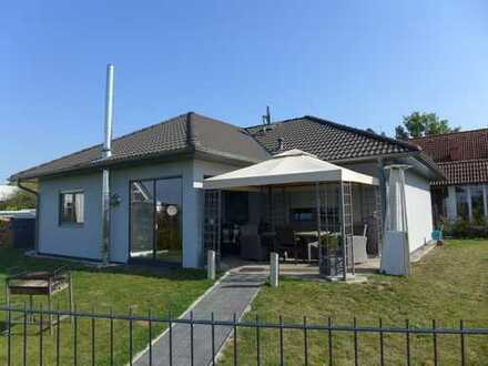 ☆ ☆ ☆ ☆ ☆ Hochwertiges Einfamilienhaus, frei nach Absprache, Stadtrand von Neubrandenburg ☆ ☆ ☆ ☆ ☆