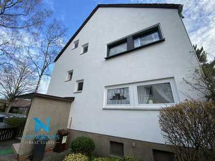 Reihenend-Mehrfamilienhaus mit Gewerbe in Kirchrode mit Potenzial und großem Grundstück