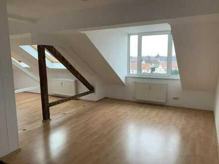 Mölkau* attraktive 3 Zimmer-DG-Whg. mit Laminat * Tageslichtbad* offene Küche