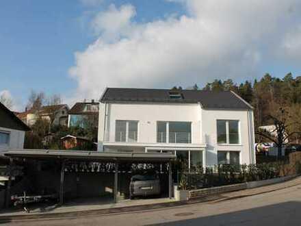 Attraktive 3-Zimmer-EG-Wohnung mit Balkon in Aichtal-Neuenhaus