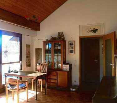 Schöne 4-Zimmer-DG-Wohnung mit Tageslichtbad in Waldbronn-Busenbach