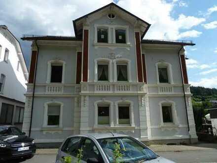 740 €, 128 m², 4 Zimmer