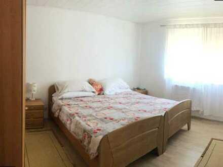 Gepflegte 2-Raum-Wohnung mit Balkon und Einbauküche in Schwaigern