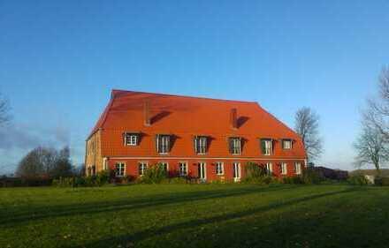 Stilvoll Wohnen auf dem Land in Ostsee- und Schleinähe