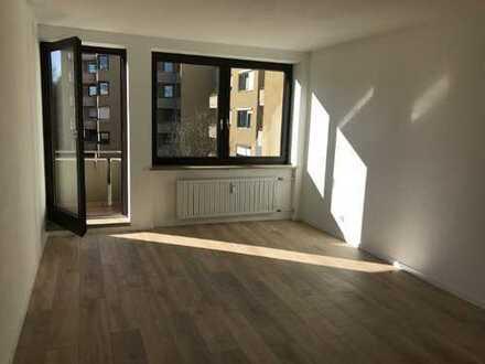 Schöne renovierte 3-Zimmer Wohnung Nähe Kuhsee