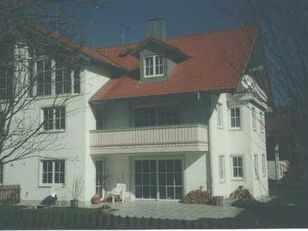 Münsing nah am Starnberger See, 3 Zimmer Wohnung im DG mit Balkon