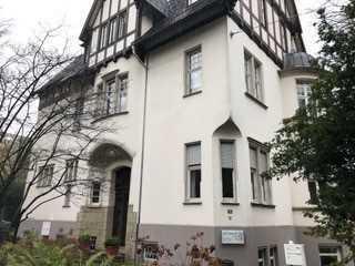 Exklusive 3-Zimmer Villa-Wohnung für alleinstehende Person Balkon in Krefeld