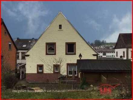 Gepflegtes Einfamilienhaus sucht neue Bewohner !!!