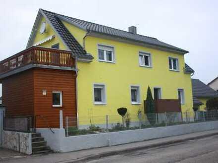 Modernes 2-Familienhaus