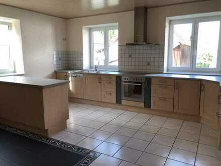 Hochwertige 4- Zimmer Wohnung mit Küche in 86853 Schwabmühlhausen