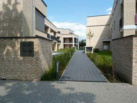 Wunderschöne, exklusive 4-Zi. Wohnung mit großer Terrasse und eigenem Garten!!! Bezug zum 01.05.2020