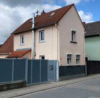 Kleines Häuschen mit Garten im Grünen Neustadt - Geinsheim