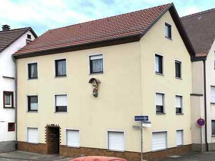 Mehrfamilien Haus (Mehrgenerationenhaus) mit 3 separaten Wohneinheiten in Bad Mergentheim