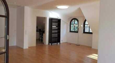 Traumhafte Wohnung mit offenem Kamin