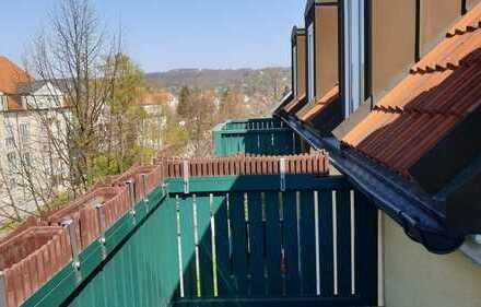 RAR! Bezugsfreie 2-Zimmer-DG-Wohnung in Laubegast