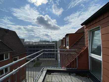 Balkon, zentral gelegen, Wannenbad, schönes Eckhaus