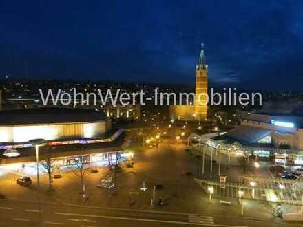WohnWert: Mitten im Leben - 3 Zimmer- Stadtwohnung mit Balkon