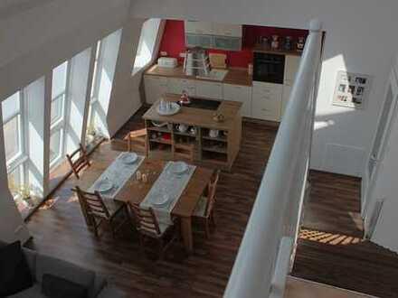 Stilvolle, gepflegte 3-Zimmer-Maisonette-Wohnung mit EBK in Sendling-Westpark, München