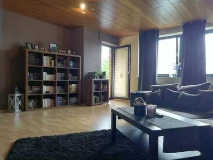 Sanierte DG-Wohnung mit drei Zimmern und Balkon in ruhiger zentraler Lage von Ibbenbüren
