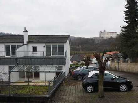 Schönes, geräumiges und Haus mit vier Zimmern und tollem Burgblick in Eichstätt (Kreis), Eichstätt