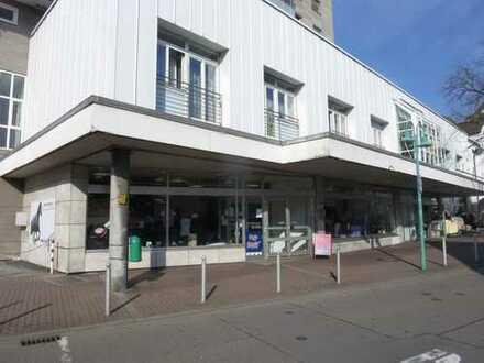 RESERVIERT ! Anlageobjekt mit 11 % Rendite - Top vermietete Ladenfläche in belebter Einkaufsstraße