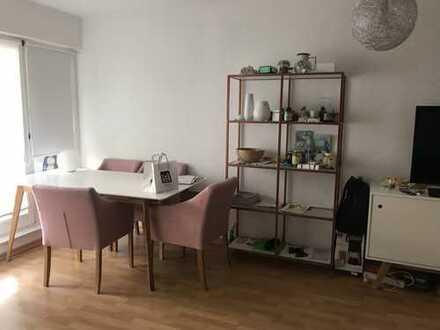 1.200 €, 63 m², 2 Zimmer